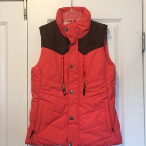 They North Face Vest Colorful and Stylish
